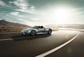 porsche 918 spyder futuristic and agressive