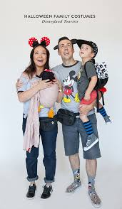 halloween family costumes disneyland tourists say yessay yes