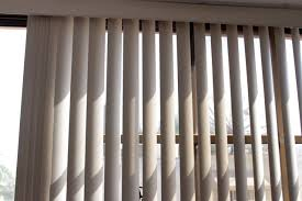 Vertical Blinds Headrail Repair How To Replace Vertical Blind Clips Hunker