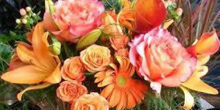 weekly flower delivery subscribe to illinois best florist they ll send weekly floral