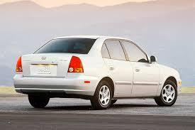 pics of hyundai accent 2004 hyundai accent overview cars com