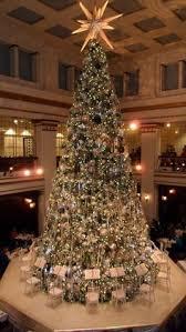 chicago tree lighting 2017 winter travel destinations great escapes serafini amelia christmas