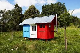 Prefabricated Cabins And Cottages by Awesome Tiny Prefab Cabin Do It Yourself In A Day