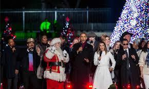 national christmas tree lighting 2016 michelle and sasha obama steal the show at the national christmas