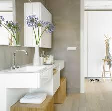 wandfarben badezimmer badezimmer wasserfeste farbe grau weiße hochglanz badmöbel