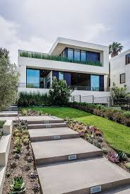 Celebrity Homes For Sale by Best 25 Underground Homes For Sale Ideas On Pinterest Dream Pop