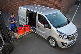 opel vivaro 2017 best medium van for payload parkers