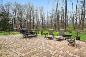 Backyard Grill Kenilworth by Luxury Home On Cul De Sac Tapinto