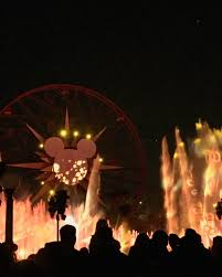 world of color season of light 10 things to do during festival of holidays at disney california
