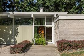 How Many Square Feet In Half An Acre Modernist Masterpiece With Architectural Pedigree Wants 475k Curbed