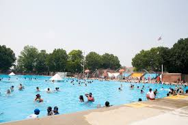 all the outdoor swimming pools nyc has open to the public