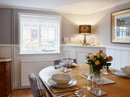 Cottage Wainscoting Baytree Cottage Ref Deeh In Swanwick Near Bursledon Hampshire