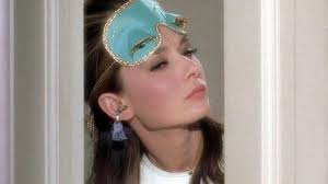 hepburn diamants sur canapé the mask golightly hepburn in diamonds on