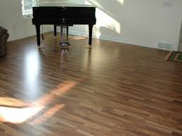 Laminate Flooring And Water Nest Homes Construction Laminate Flooring