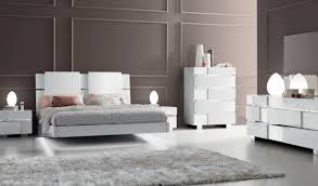 White And Mirrored Bedroom Furniture Status Caprice Bedroom White Modern Bedrooms Bedroom Furniture