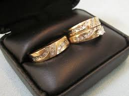 wedding rings his and hers matching sets stunning diamond his hers wedding band engagement ring set diy