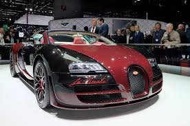 golden bugatti bugatti bids farewell to veyron with one off la finale edition