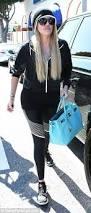 khloe kardashian on snapchat to remove tattoo daily mail