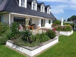 Ideen Mit Steinen Gartengestaltung Mit Steinen Und Gräsern Modern Verwirrend Auf
