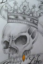 grey ink skull with crown design