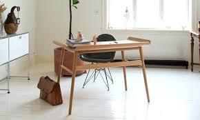 petit bureau bois bureau design suedois bureau en alto design petit bureau design