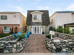 3 Bedroom House For Rent In Long Beach Ca Long Beach Real Estate Long Beach Ca Homes For Sale Zillow