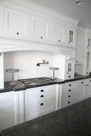 Shaker Style Kitchen Cabinets Kitchen 18 Shaker Style Cabinets Best Maple Stuning Webartisan Me