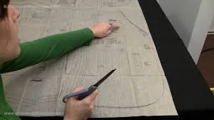 how to cut out sewing pattern pieces