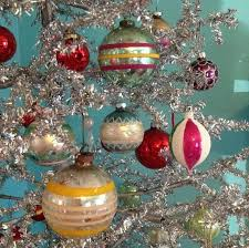 Heavy Metal Christmas Tree Decorations by Best 25 Antique Christmas Ornaments Ideas On Pinterest Antique
