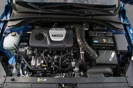 hyundai elantra sedan review 2018 hyundai elantra sedan drive price performance and
