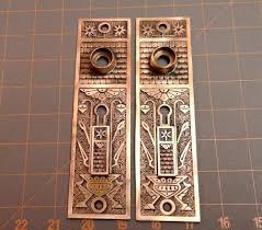 Brass Door Knobs 2 Antique Eastlake Brass Door Knob Backplates W Swinging Privacy