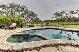 Cottages To Rent With Swimming Pools by Cottage At Circle J 2 Bd Vacation Rental In Fredericksburg Tx