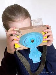 mollymoocrafts diy toy cardboard camera