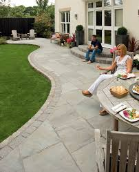 Garden Paving Ideas Uk Fairstone Riven Harena Garden Paving Pinteres