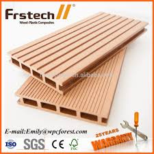 Laminate Flooring Cutting 2015 Wood Plastic Composite Boards Wood Walk Board Wood Cutting