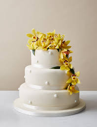 romantic pearl sponge wedding cake ivory icing m u0026s