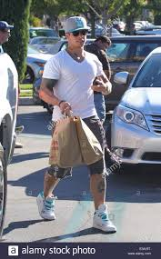 Ralphs Thanksgiving Hours Casper Smart Grocery Shopping At Ralphs In Calabasas Driving Away