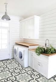Vinyl Bathroom Flooring Tiles - best 25 vinyl tile flooring ideas on pinterest luxury vinyl