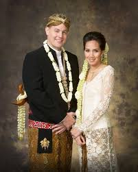 wedding dress designer indonesia 107 best traditional wedding gown from indonesia images on