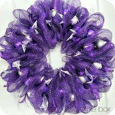 purple mesh wreaths not so traditional christmas colours