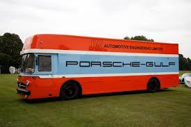 gulf racing truck mercedes benz o 317 renntransporter porsche gulf mentalität