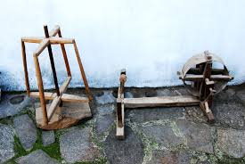 antique spinning wheel set spinning wheel and wooden wool winder