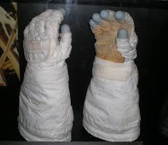 file kathryn sullivan gloves jpg wikimedia commons