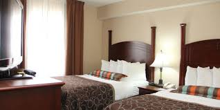 London Hotel With Jacuzzi In Bedroom London Hotels Staybridge Suites London Extended Stay Hotel In