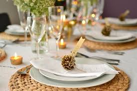 pine cone table decorations christmas dinner table decorations fiber placemats