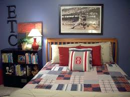 sports bedroom decor red sox bedroom decor bedroom baseball themed baby room ideas
