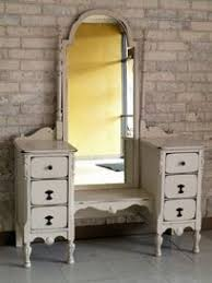 Bedroom Vanities With Mirrors by Before And After U2013 Yellow Antique Vanity Furniture Painted Desks
