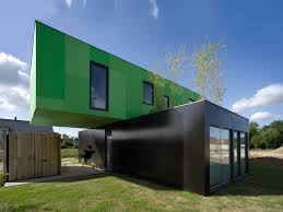 casa cúbica a tiny container home small house bliss