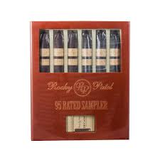 cigar gift set rocky patel decade 95 gift set with lighter cigarliberty