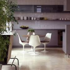 sedie tulip knoll knoll international tulip chair da saarinen foto design mag